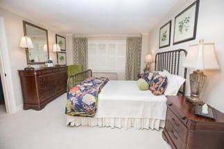 bedroom-side
